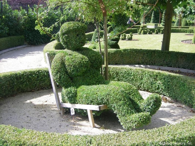 Les topiaires 250 raisons d 39 aller voir le parc de durbuy for Piscine de jardin belgique