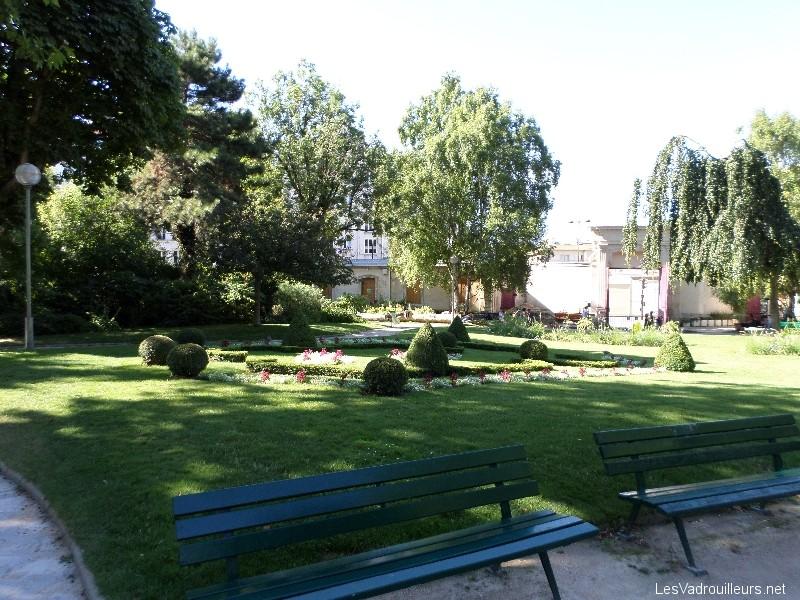 Design jardin villemin 22 toulon toulon jardin for Jardin villemin