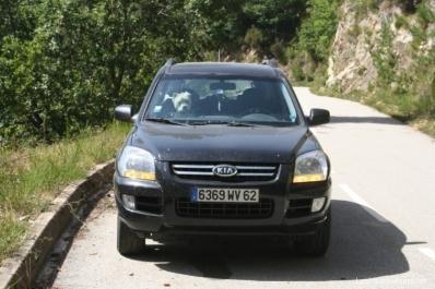 Lutin dans le 4x4 en Corse