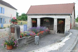 Découverte d'un ancien lavoir à Seveux
