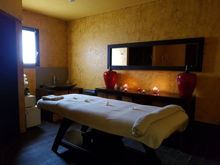 massage dos sensuel Fréjus