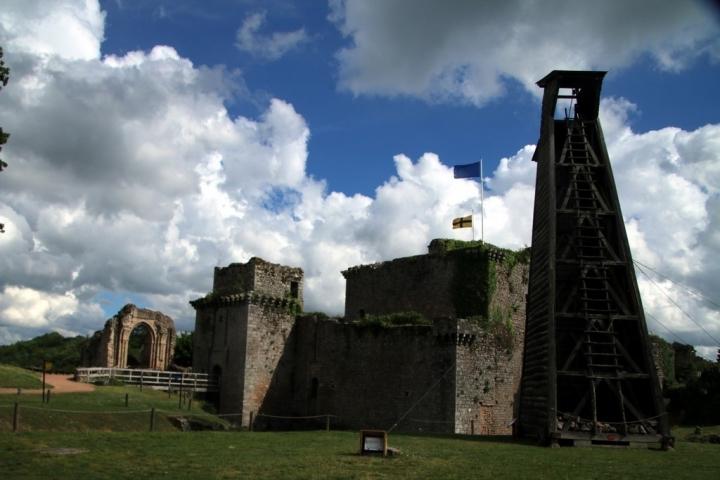 Que faire en Vendée : le château de Tiffauges