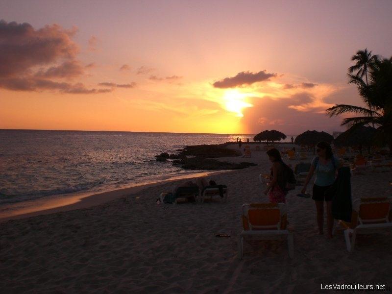 Le coucher de soleil un instant magique et romantique - Prise republique dominicaine ...