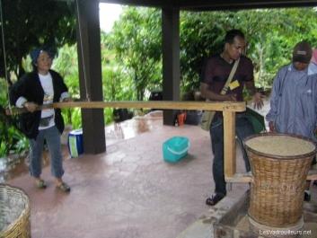 Démonstration tamisage du riz