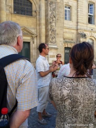Explications sur Bordeaux par un guide