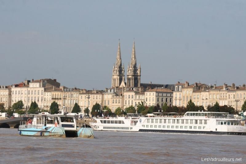 Bordeaux s'éloigne ...