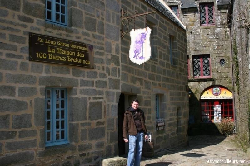 Devanture maison des 100 bières bretonnes