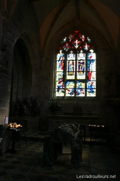 Le gisant de Saint-Ronan