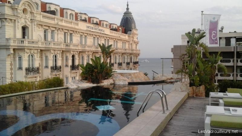 La piscine de l'hôtel 314CANNES