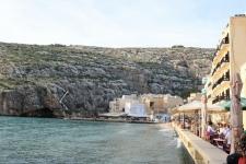 Restaurants de bord de mer à Xlendi