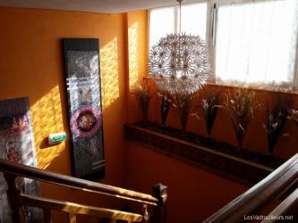 Exposition de tableaux dans l'hôtel