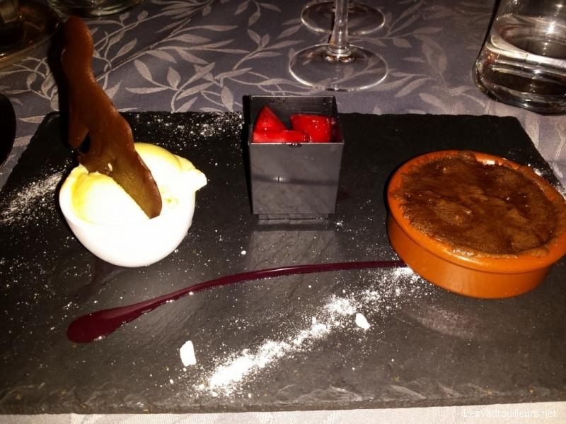 Assiette dessert - repas gastronomique