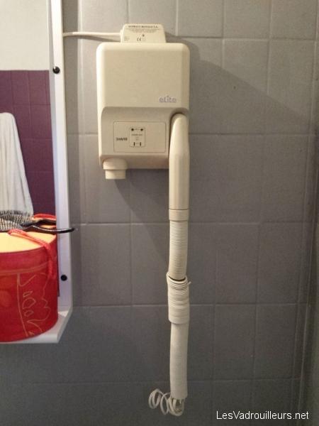 Etat du sèche-cheveux de la salle de bain