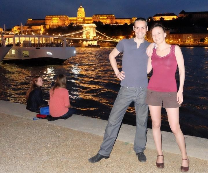 Haydée et Tony à Budapest de nuit
