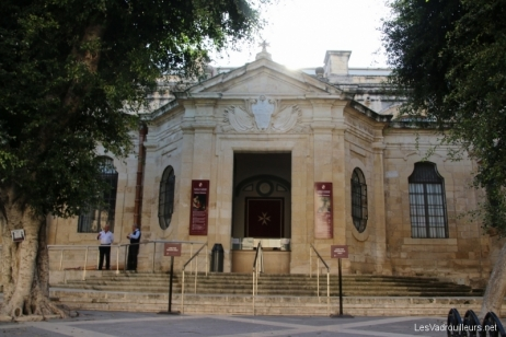 Visite de la co-cathédrale Saint-Jean