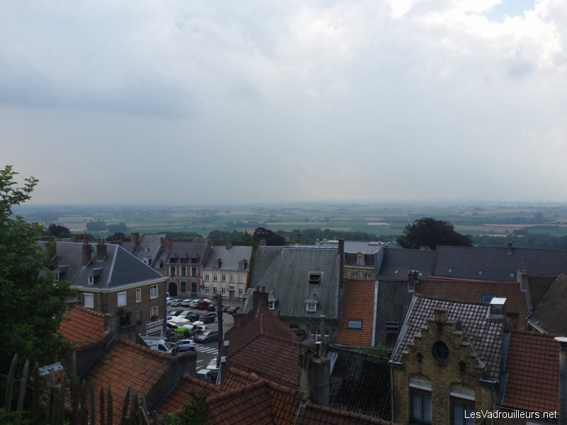 Vue sur Cassel et les Flandres