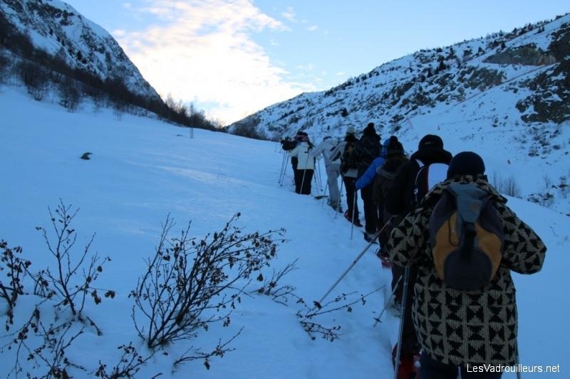 Se frayer un passage dans la neige