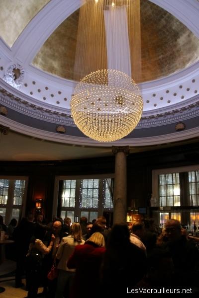 Bar à champagne au Grand Central Hôtel
