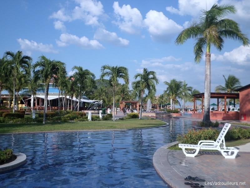 Une piscine du Club Lookea