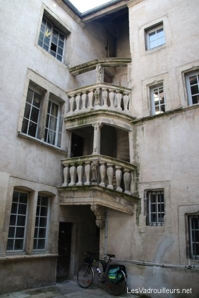 Escalier tournant 16ième siècle