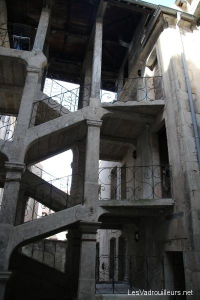 Escalier droit 18ième siècle