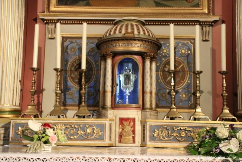 Reliques dans basilique de Gray