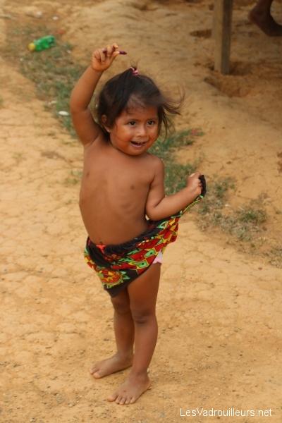Petite fille Embera