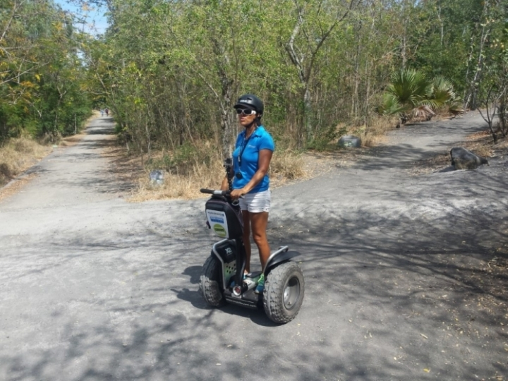 Monira, notre instructrice Segway