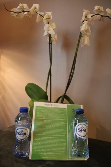 Des bouteilles d'eau offertes