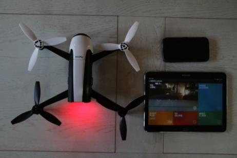 Smartphone/tablette pour piloter le Bebop2