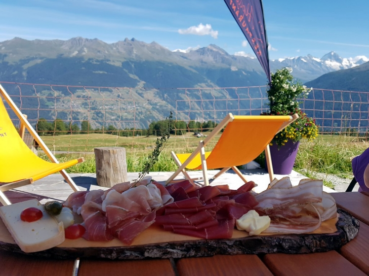 été dans le Val d'Hérens : assiette valaisanne alpage de Thyon