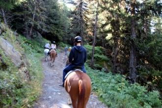été dans le Val d'Hérens : Balade à cheval Ranch Le Caribou