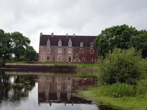 Le château de Comper