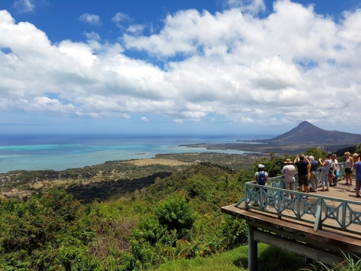 Ile Maurice : Panorama sur le lagon de Le Morne