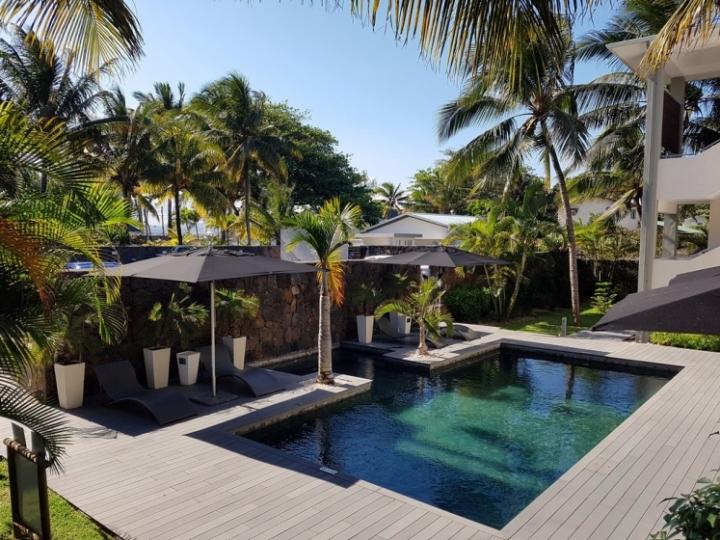 Paradise Beach : la piscine de la résidence