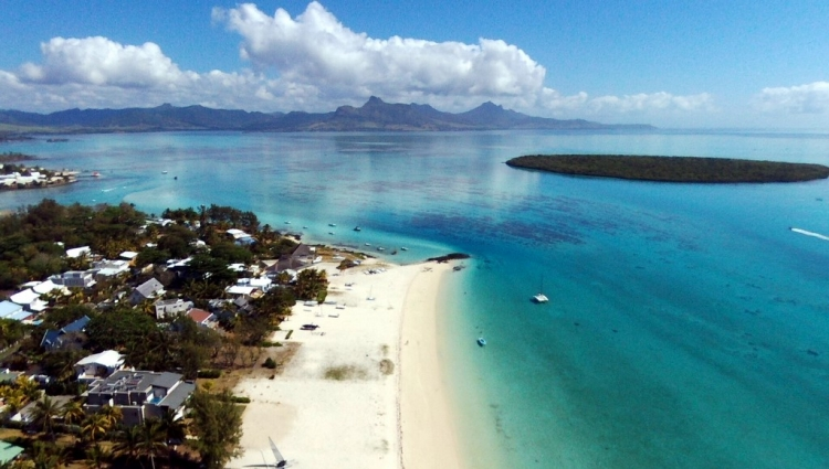 Paradise Beach : la Pointe d\'Esny
