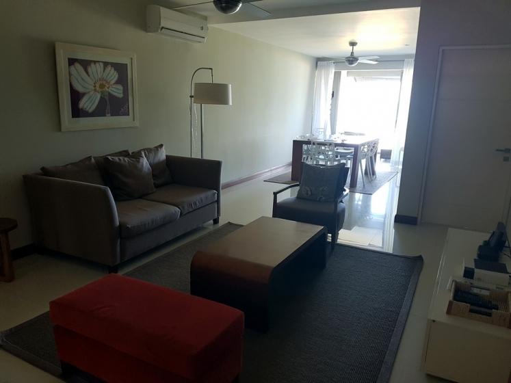 Paradise Beach : le salon de notre appartement