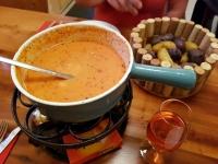 Val d'Hérens : fondue valaisanne aux tomates
