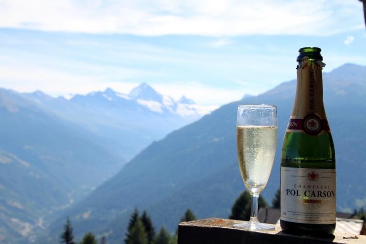 Fêter les 21 ans de mariage face à la montagne