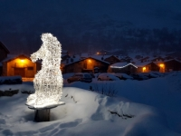 Bonneval sur Arc : la marmotte à l'entrée du vieux village