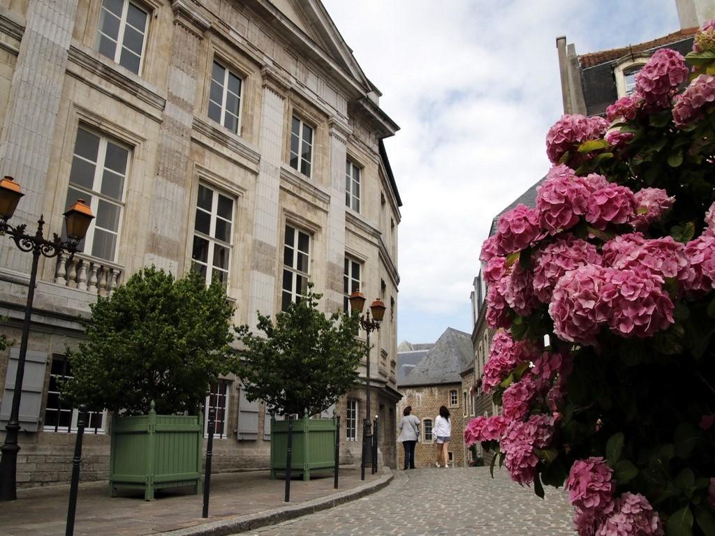 Boulogne sur Mer : balade dans la vieille ville