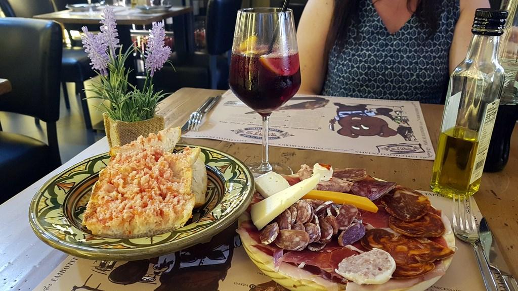 Estartit Costa Brava : planche charcuterie / fromage