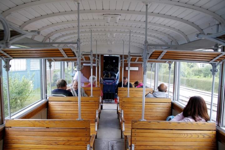 Découvrir la Baie de Somme : voiture Belle Epoque