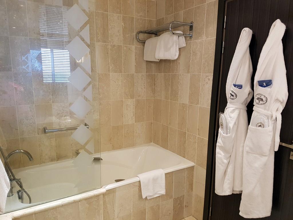 Grand Hôtel des Thermes : notre salle de bain