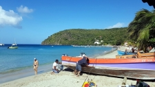 Hiver à la Martinique : Pani pwoblem, des barques de pêcheurs colorées
