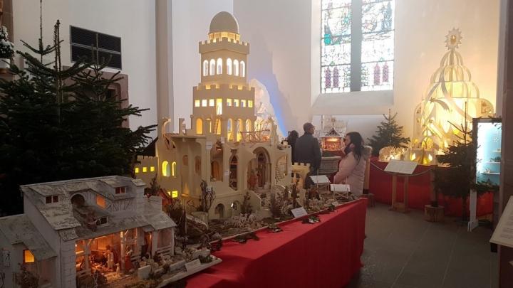 Petite année en Alsace : exposition de crèches à Munster
