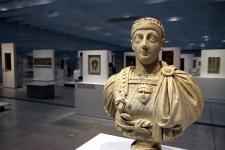 Hauts-de-France : le Louvre-Lens  dans le Bassin Minier