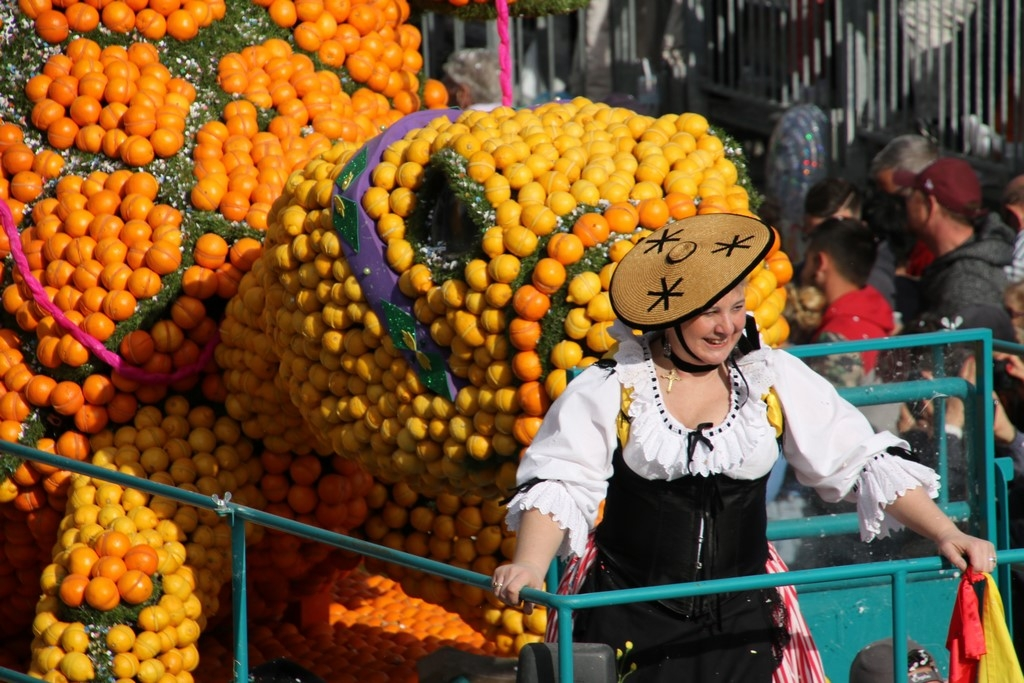Côte d'Azur en Février : Corso des Fruits d'Or - Fête du Citron de Menton