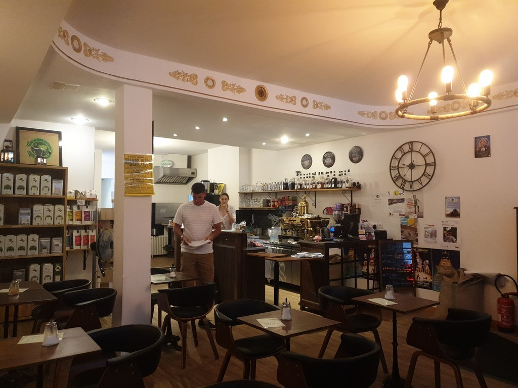 Découvrir Douai : pause café au Destination Café