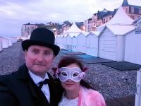 Se costumer pour la Fête des Baigneurs de Mers-les-Bains